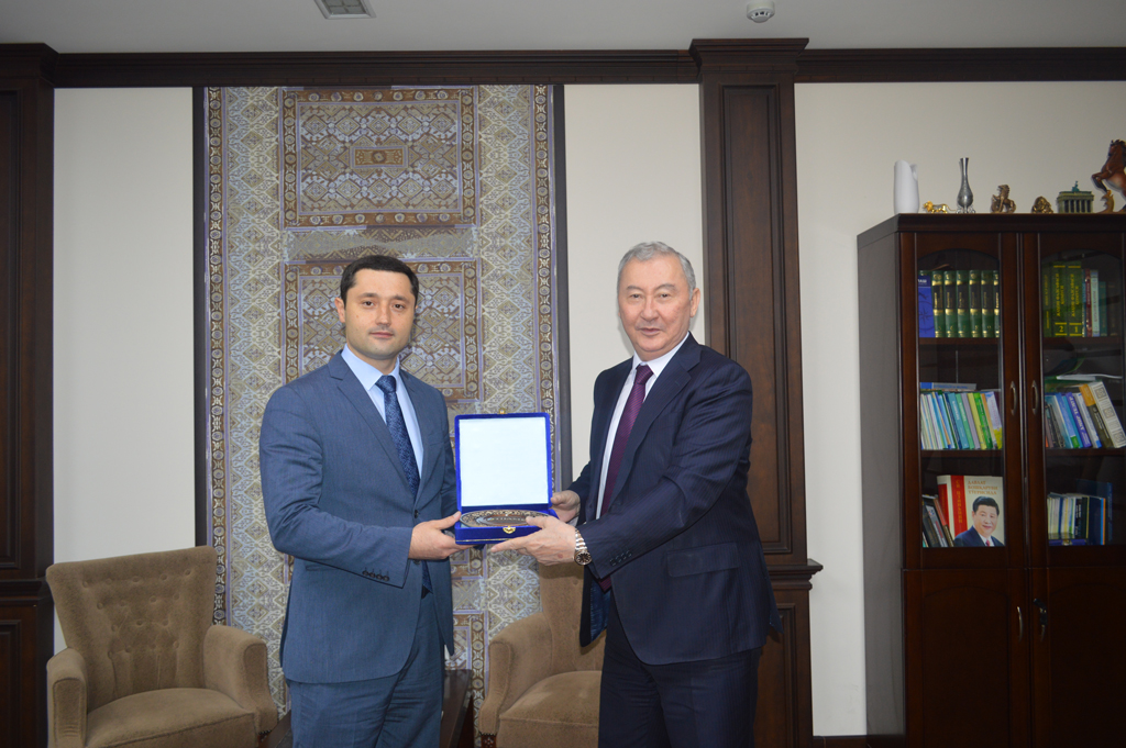 CAREC management had a series of meetings with national partners in Uzbekistan
